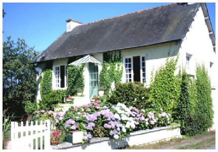 la belle maison 2 bedroom holiday cottage with garden in brittany france. Black Bedroom Furniture Sets. Home Design Ideas